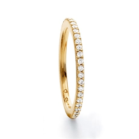 tunn ring med diamanter