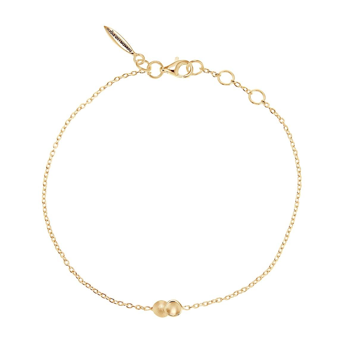 Drakenberg_Sjölin_Rocky Shore drop bracelet gold_RSE-B10180 G_Hos_Jarl_Sandin