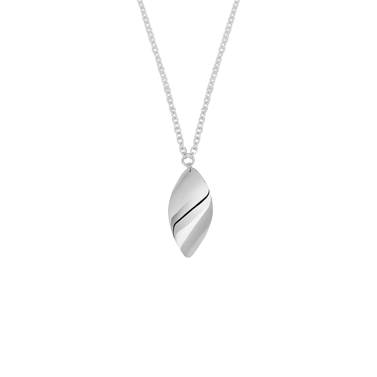 Drakenberg_Sjolin_Aqua-small-single-necklace-lq-white_hos_Jarl_Sandin
