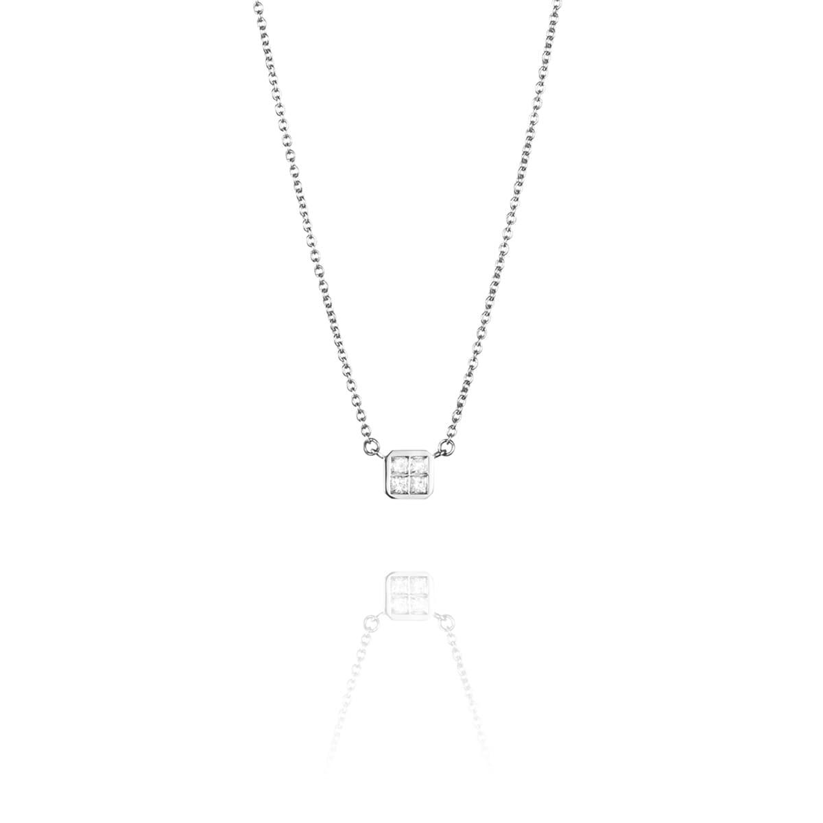 Efva_Attling_4_love_necklace_10-102-01551(2)_hos_Jarl_Sandin