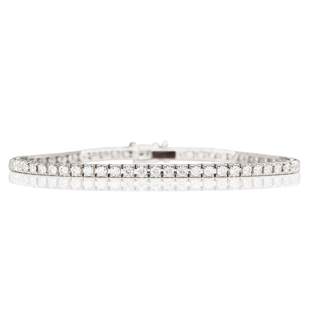 Sandin_Selected_IL_Riviera_VG_190703_0281_diamantarmband_hos_Jarl_Sandin